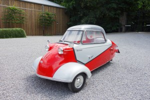 LOT 182 - 1959 MESSERSCHMITT KR 200 CABIN SCOOTER