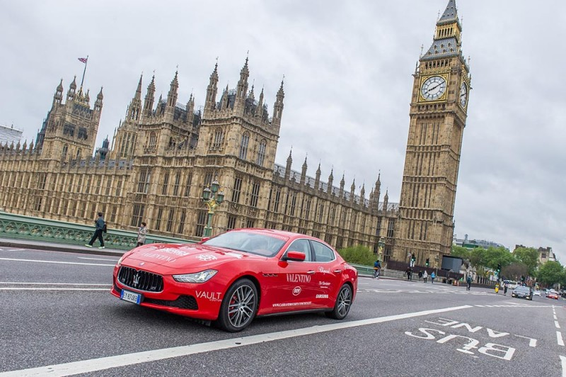 04 Maserati Ghibli departing London_