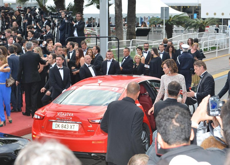 26 Nieves Alvarez and Maserati Ghibli on red carpet in Cannes_