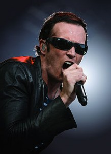 Scott_Weiland_(Stone_Temple_Pilots)_Open_Air_St._Gallen_(rotated)