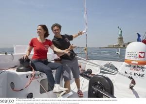 16_09226  ©Th.Martinez/Sea&Co. NEW YORK CITY - NEW YORK- USA. 25 MAY 2016.  Nathalie Renoux , (marraine du bateau) à bord d'INITIATIVES COEUR avec Tanguy de Lamotte au large de New York (USA).
